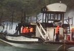 Lại cháy tàu du lịch trên Vịnh Hạ Long