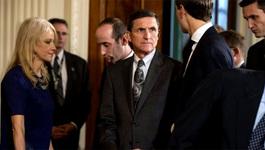 Tướng Flynn - Người đang khiến Trump đau đầu
