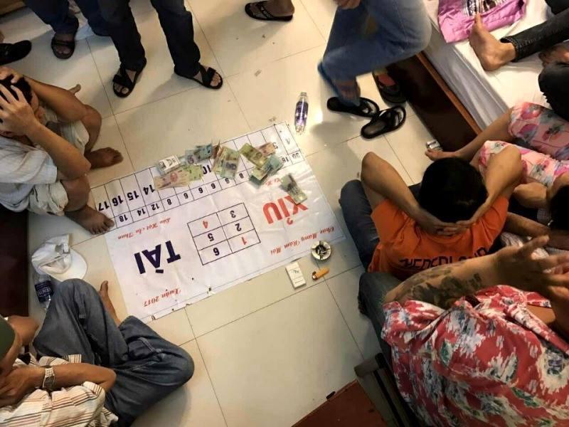 Phá sòng bạc bịp của doanh nhân Sài Gòn