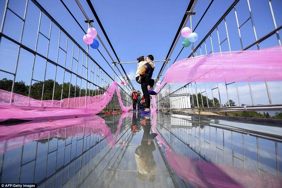du lịch, lễ tình nhân, tình yêu, nụ hôn, Trung Quốc