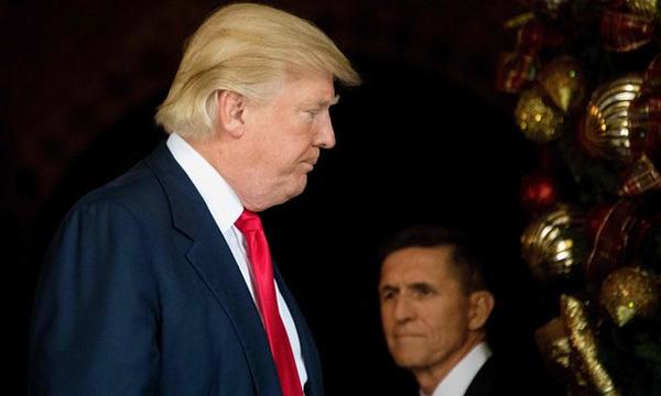 Trump hóa ra đã biết vụ bê bối cố vấn từ trước