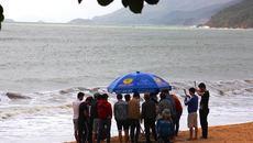 Tắm biển, 2 sinh viên mất tích trong đêm Valentine