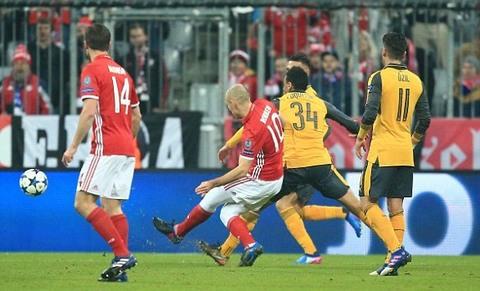 Bayern 1-0 Arsenal Robben goal 11