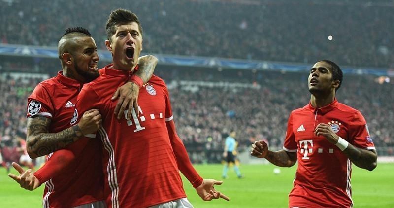 Nghiền nát Arsenal, Bayern đặt một chân vào tứ kết