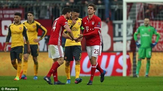 Video bàn thắng Bayern 5-1 Arsenal