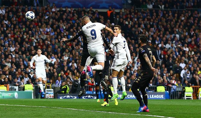 Ronaldo tịt ngòi, Real vẫn ngược dòng hạ Napoli