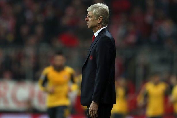 Thua sấp mặt, CĐV Arsenal hô hào đuổi Wenger