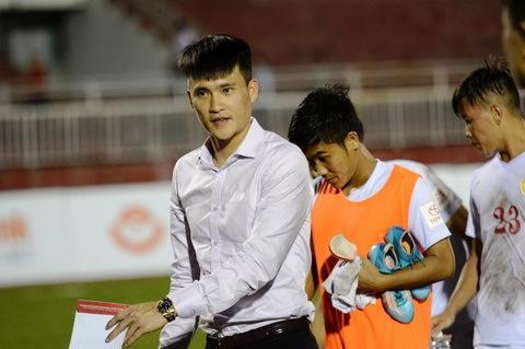 Công Vinh, CLB TPHCM, Công Vinh vs Đoàn Phú Tấn, ĐTVN, V-League