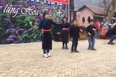 Sửng sốt trước vũ điệu cực 'chất' của học sinh vùng cao