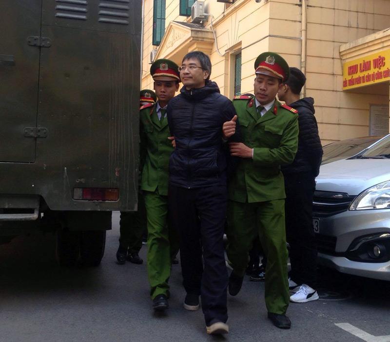 Giang Kim Đạt và 'bộ sậu' hầu tòa