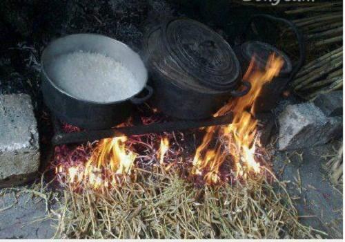 Hoài niệm hình ảnh khó quên về bếp trong nhà Việt xưa - ảnh 6