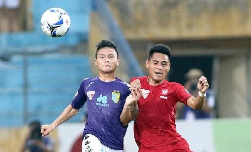 Quang Hải giúp Hà Nội FC có 1 điểm tại Lạch Tray