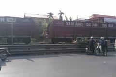 Cố băng qua đường sắt, người đàn ông bị tàu húc văng