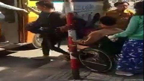 Đà Nẵng: Xe buýt từ chối chở người khuyết tật