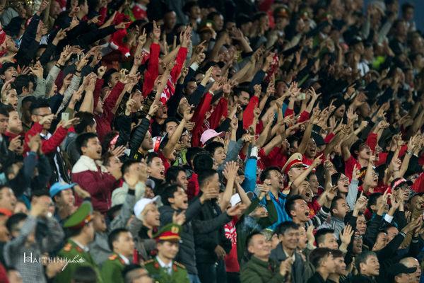 sân Lạch Tray, CĐV Hải Phòng quậy phá, Hải Phòng vs Hà Nội FC, V-League, VPF, VFF