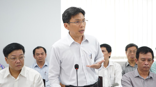 Đinh La Thăng, hộ khẩu, công chức, viên chức, việt kiều
