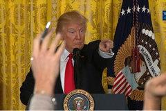 Donald Trump tấn công dữ dội giới truyền thông
