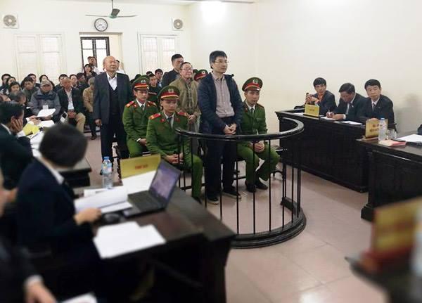 Giang Kim Đạt: 'Tiền có được là do... đi xin'