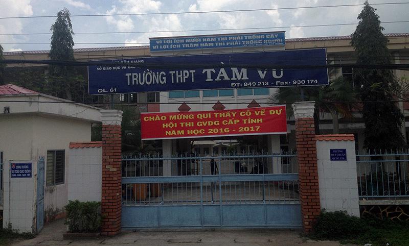 thầy giáo, nữ sinh, xô xát, hậu giang, trường THPT Tầm Vu