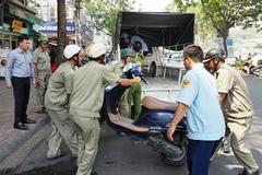 """Chính quyền quyết """"đòi"""" vỉa hè phố Tây ở Sài Gòn"""