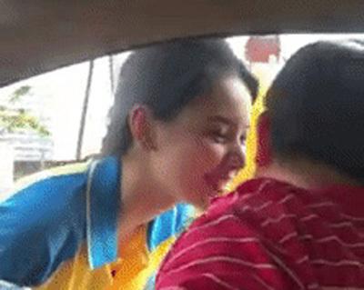 Cô gái bán xăng bất ngờ nổi tiếng trên mạng xã hội