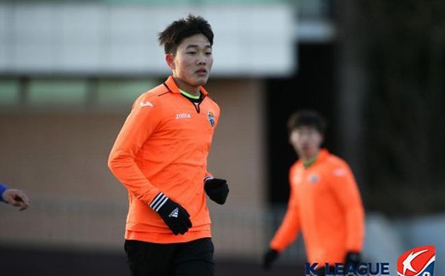 Xuân Trường chắc suất đá chính ở K-League?