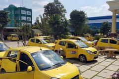Ma trận ô tô cũ: Người mua cẩn thận với những xe taxi 'hết đát'