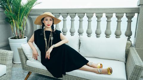 Khối tài sản gây choáng ngợp của hoa hậu Hà Kiều Anh