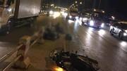 Đi vào làn ô tô, 2 thanh niên bị xe tải đâm chết