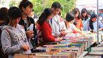 Phiên chợ sách xưa giá 5 nghìn đồng hút độc giả Hà thành