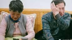 Vợ nắm tay đưa chồng 72 tuổi đi phẫu thuật chuyển giới