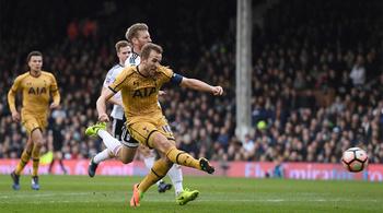 Harry Kane lập hat-trick, Tottenham bay vào tứ kết FA Cup