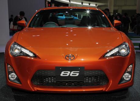 """Những mẫu xe vừa bị """"khai tử"""" tại thị trường ôtô Việt"""