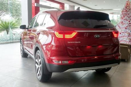 Những mẫu xe vừa bị 'khai tử' tại thị trường ôtô Việt