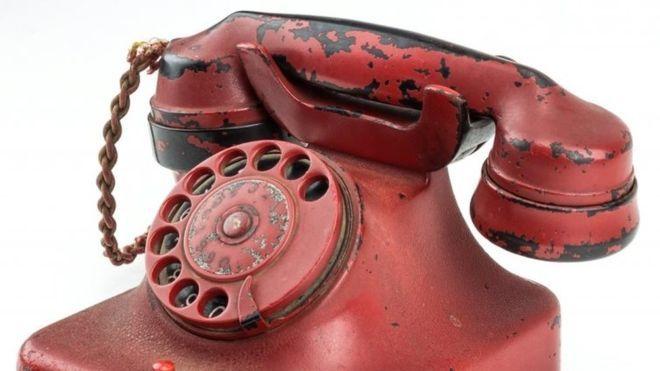 Điện thoại cũ của Hitler được bán với giá hơn 5,5 tỷ