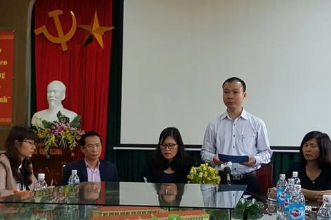 Công bố quyết định giao nhiệm vụ cho hiệu trưởng mới Trường Nam Trung Yên