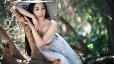 Vợ Việt Hoàn ra album đầu tay, quyết làm ca sĩ