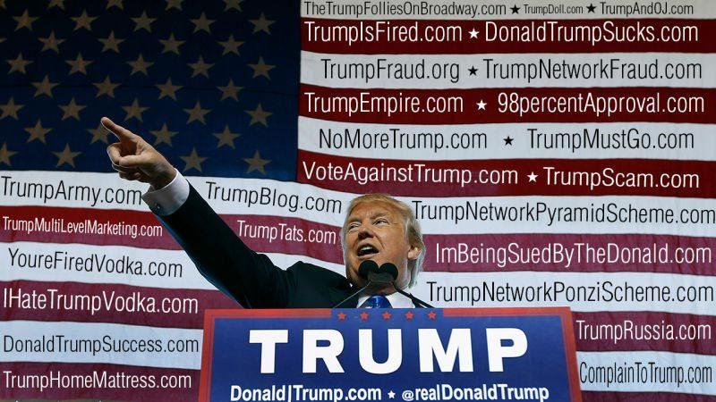 Donald Trump,website,sở hữu