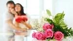 Ngày sinh nhật vợ, chồng ôm eo 'đối tác' đưa vào khách sạn
