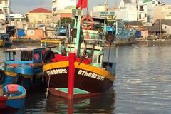 Bị tàu lạ tông lúc rạng sáng, 1 người thiệt mạng giữa biển
