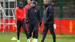 Bức xúc Mourinho, Rooney dứt áo rời MU