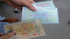 Bị tước giấy phép lái xe có được điều khiển xe không?