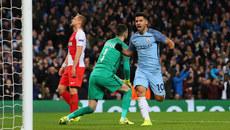 Aguero cứu rỗi Pep Guardiola: Con quái vật đã tỉnh giấc!