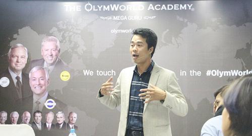 The OlymWorld Academy: Học với những người giỏi nhất