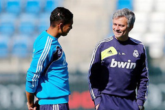 """Mourinho """"tấn công"""" Real, Arsenal gây sốc với Sanchez"""