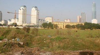 Hạ độ cao tòa nhà cao nhất Việt Nam từ 102 tầng còn 44 tầng