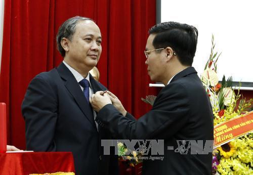 Trưởng Ban Tuyên giáo TƯ: Mong người dân được điều trị bệnh tốt nhất