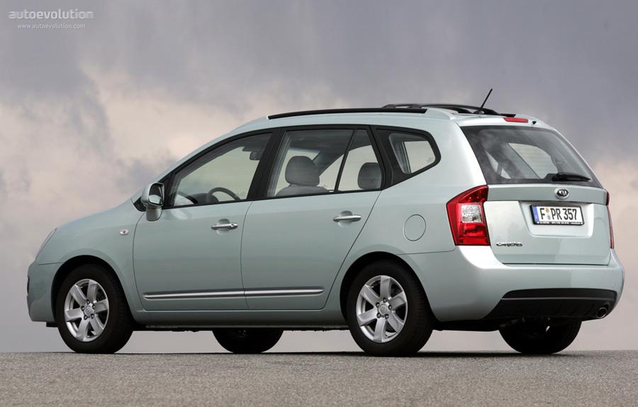 Ô tô cũ 7 chỗ nên mua nhất trong năm 2017