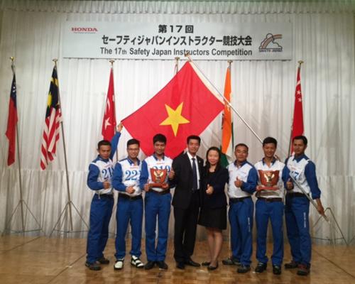 Honda Việt Nam tổng kết hoạt động lái xe an toàn 2016