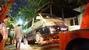Quận 1 giữa đêm cẩu xe biển xanh trước quán nhậu về đồn